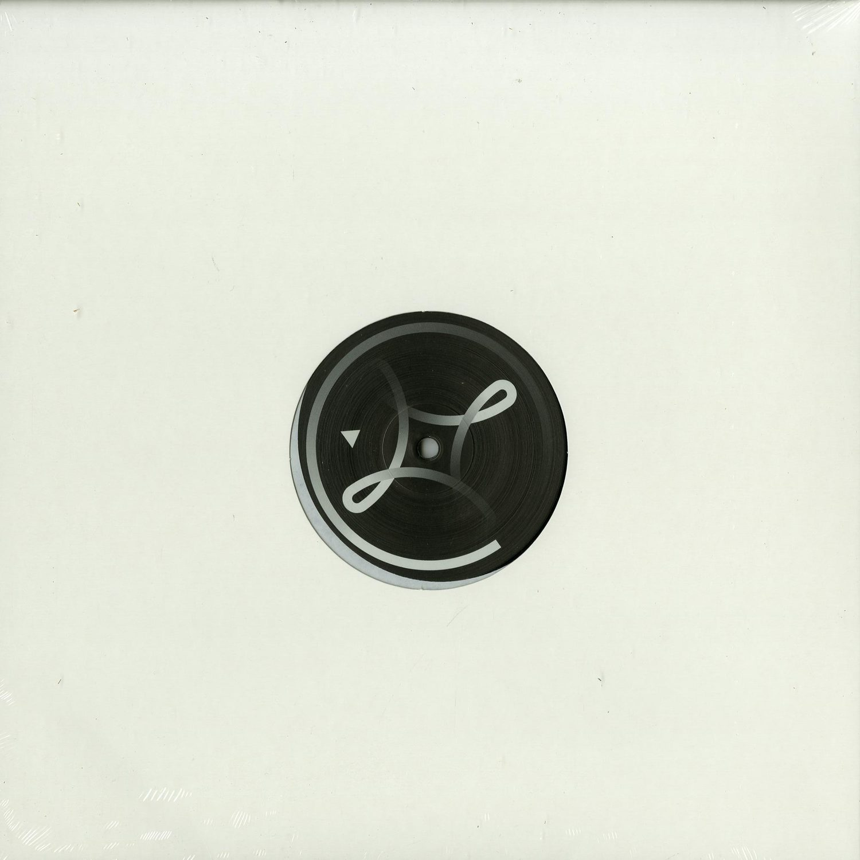 Symbol - SYMBOL 003