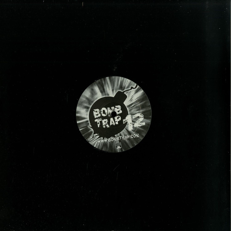 Various Artists - VARIOUS BOMBTISTS 04