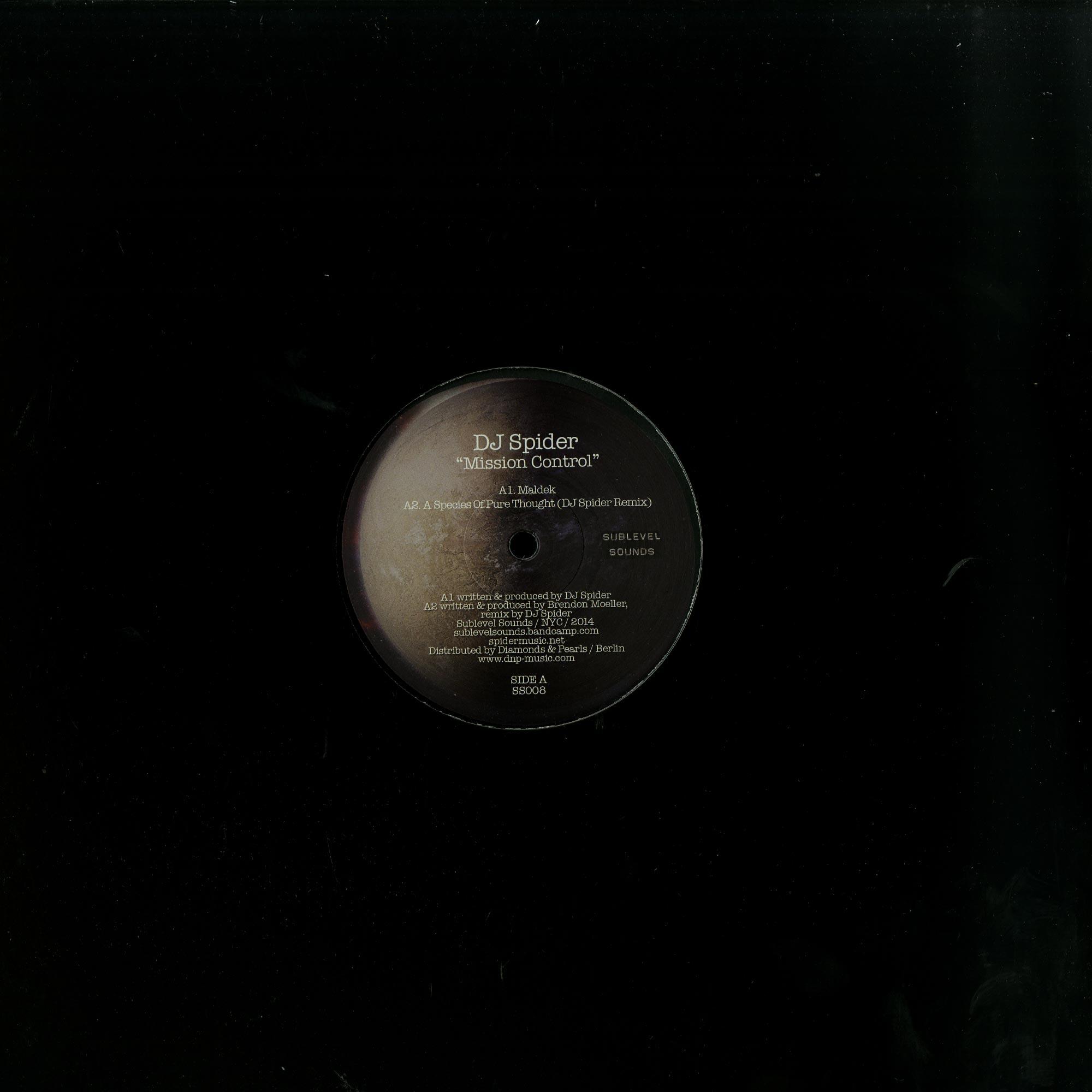 DJ Spider / Brendon Moeller - Mission Control