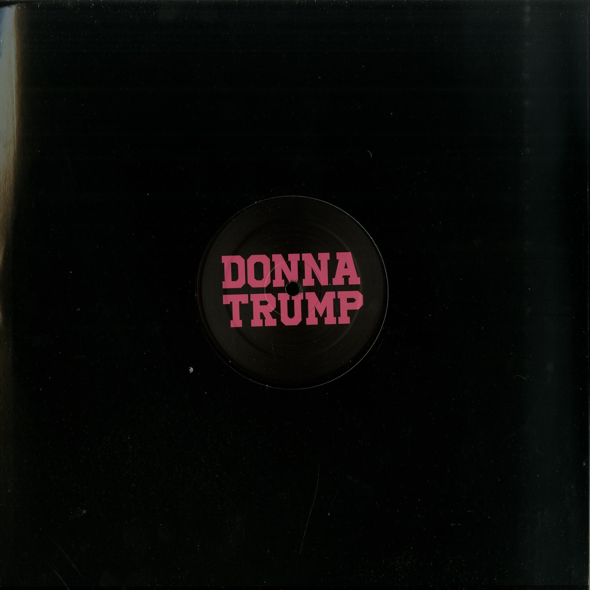 Donna Trump - DONNA TRUMP