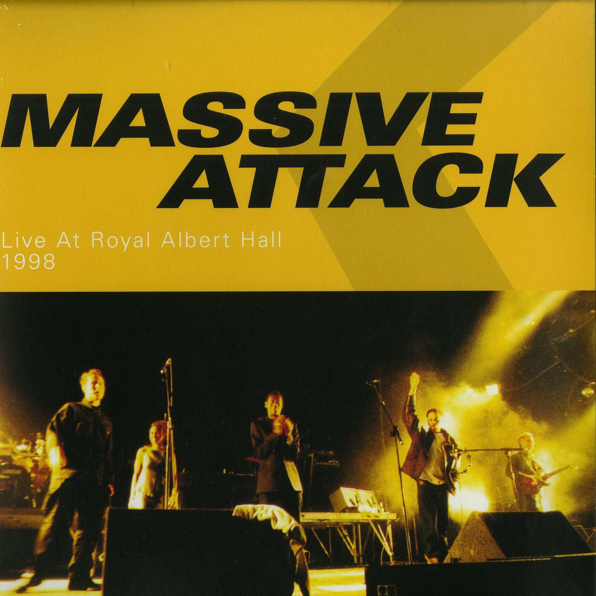 Massive Attack - LIVE AT THE ROYAL ALBERT HALL